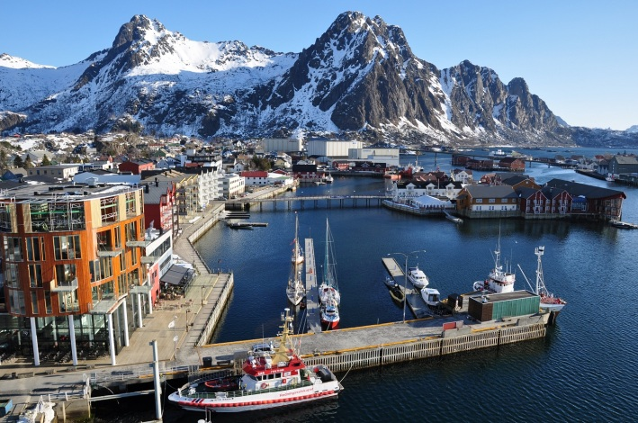 Svolvaer,_Lofoten,_Norway